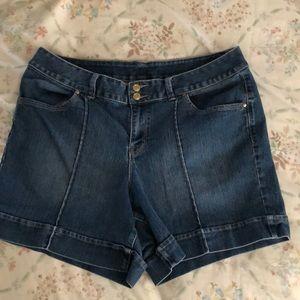 Lane Bryant Denim Shorts Size 18 Gently Used